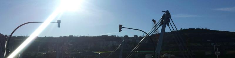 El puente Frank Gehry se abre al tráfico como único acceso a Zorrozaurre